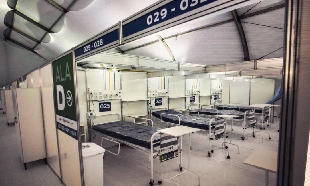 Na inauguração da unidade, leitos estavam inutilizados devido à falta de equipamentos básicos Foto: Guito Moreto / Agência O Globo