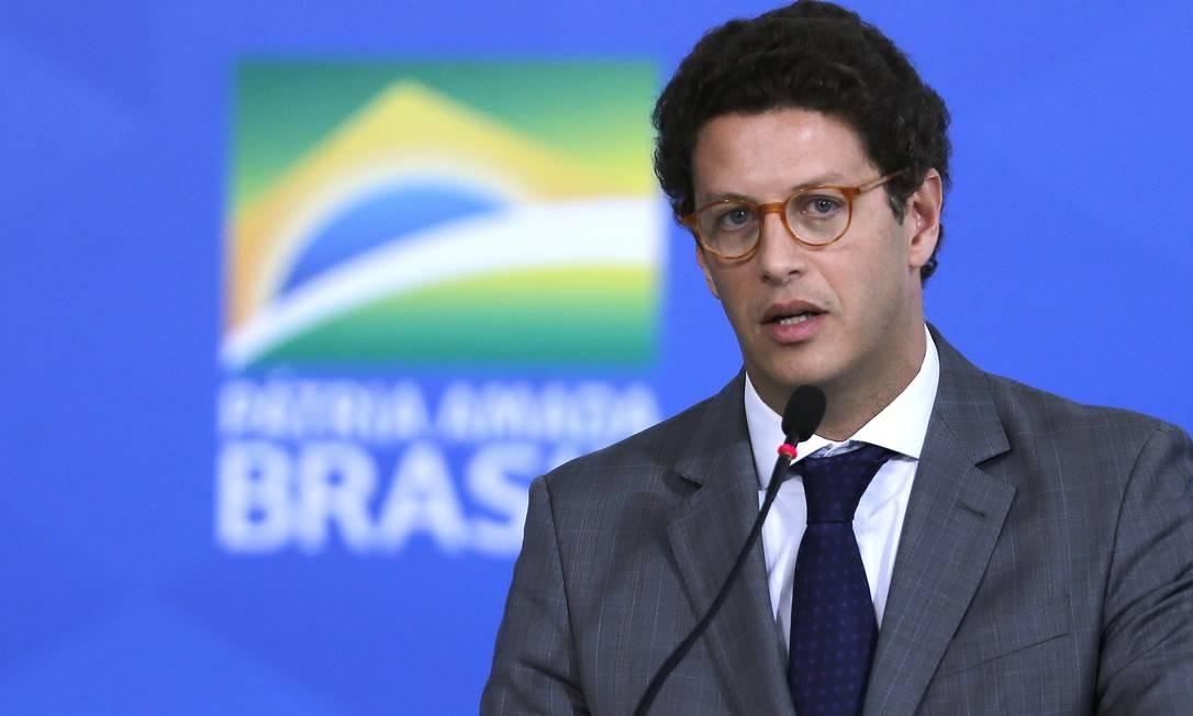 O ministro do Meio Ambiente, Ricardo Salles, durante cerimônia no Palácio do Planalto Foto: Jorge William/Agência O Globo/12-02-2020