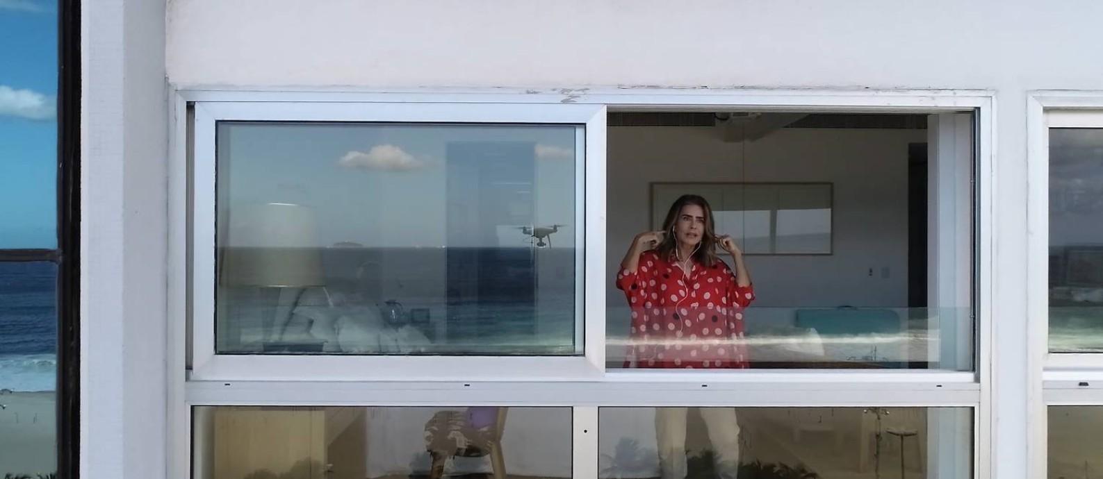 Maitê Proença no terceiro episódio de 'Entrevista na janela' Foto: Reprodução