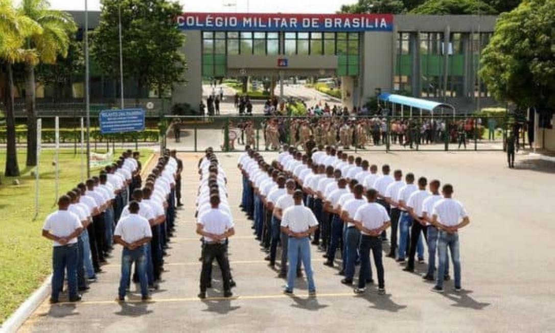 Professor foi censurado no Colégio Militar de Brasília após criticar violência policial e citar 'fascismo' Foto: Reprodução