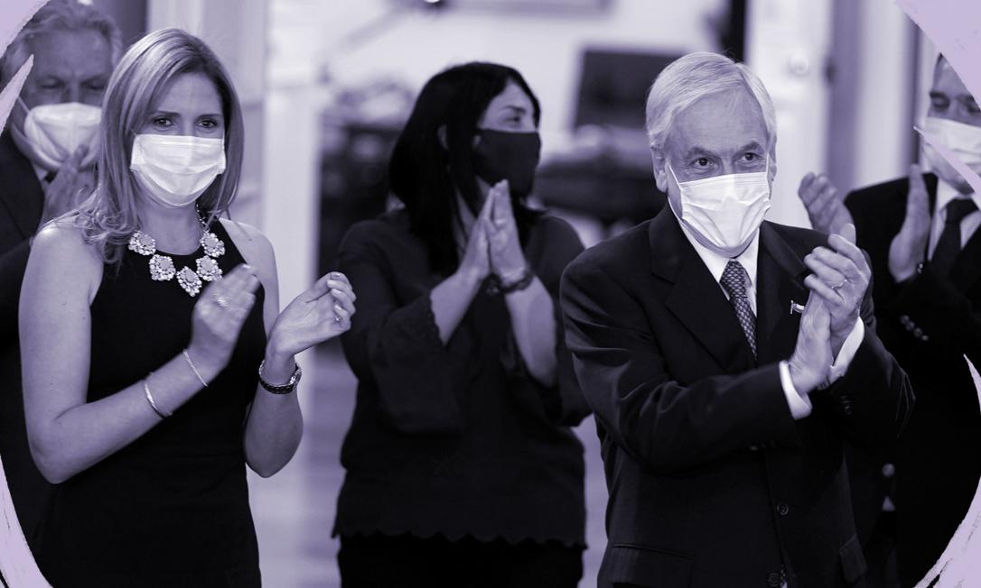 Em foto de 6 de maio, a então Ministra da Mulher Macarena Santelices (esq.) com o presidente chileno Sebastián Piñera, em vento no palácio presidencial Foto: Presidência do Chile