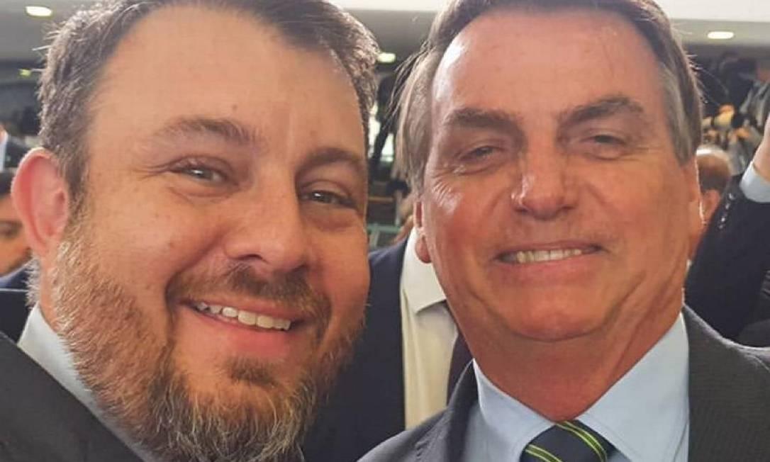 Bruno, irmão de Carla Zambelli, e Jair Bolsonaro no Planalto Foto: Reprodução