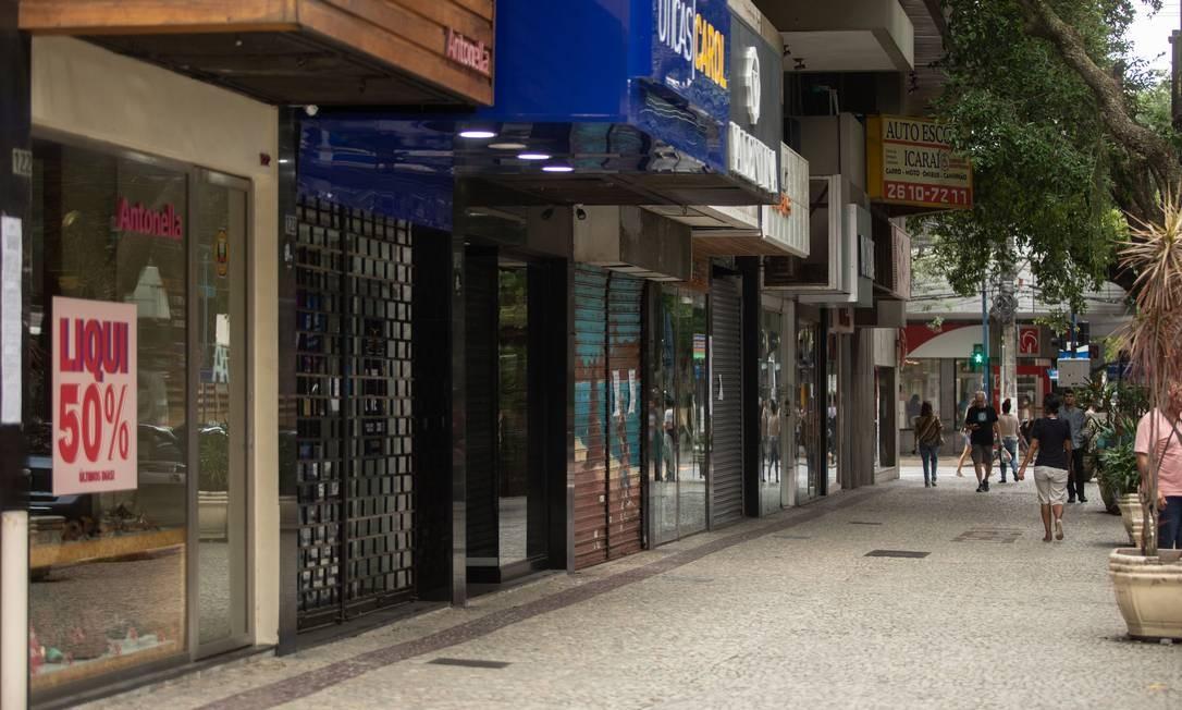 Por causa da pandemia, muitos micro e pequenos empresários tiveram que paralisar seus negócios Foto: Brenno Carvalho / Agência O Globo