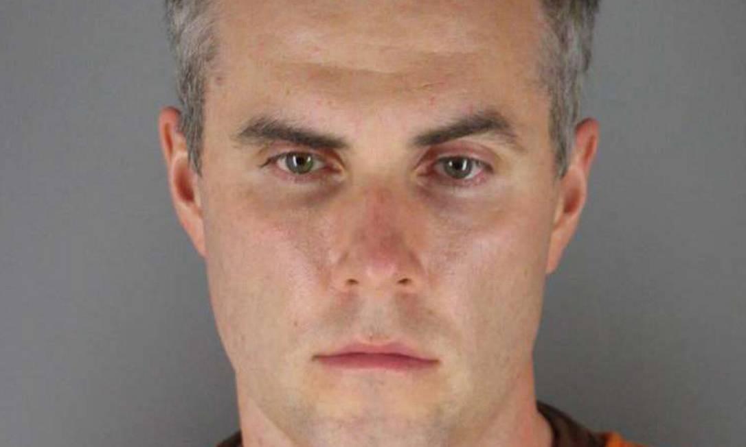 Thomas Lane, um dos agentes envolvidos na morte de George Floyd, nos EUA: solto após pagar fiança Foto: HANDOUT / AFP
