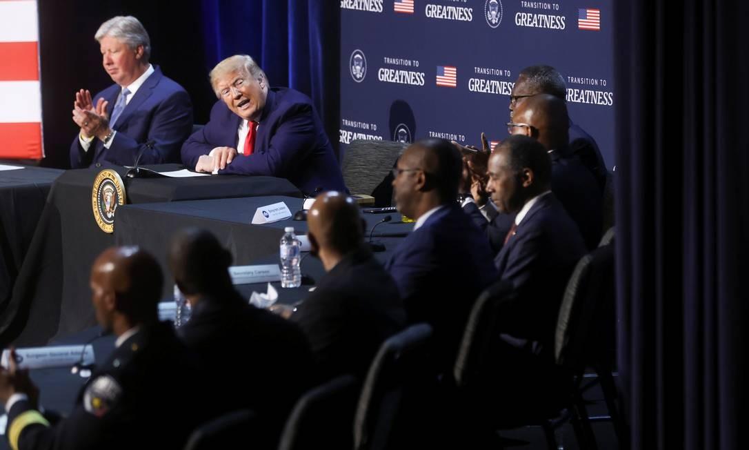 Trump em evento no Texas sobre segurança pública nesta quinta-feira Foto: JONATHAN ERNST / REUTERS