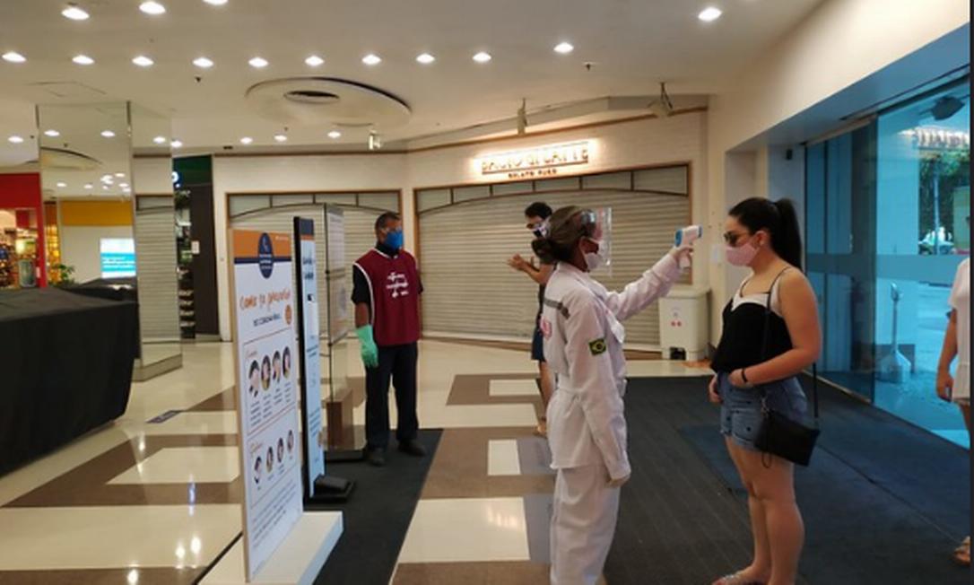 Ação da Vigilância Sanitária do Rio em shopping durante pandemia Foto: Divulgação