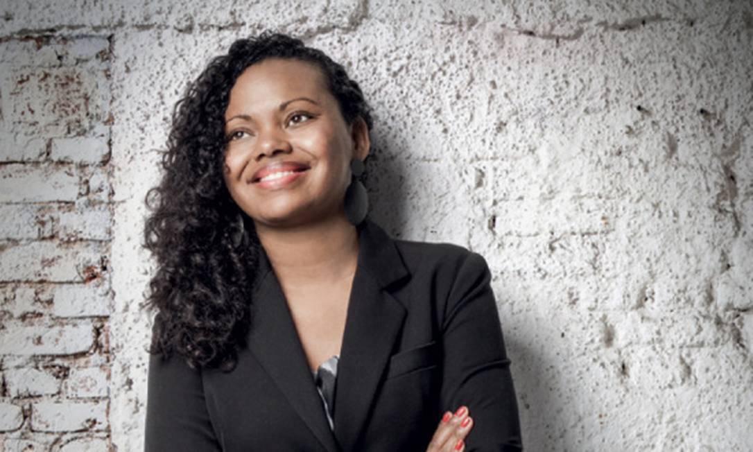 Adriana Barbosa, diretora executiva da plataforma PretaHub, explica por que os pequenos empresários negros são mais vulneráveis à crise Foto: Divulgacao