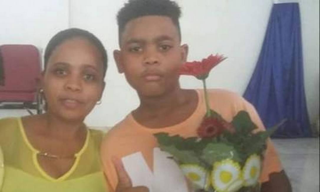 Rafaela e seu filho, João Pedro Foto: Arquivo pessoal