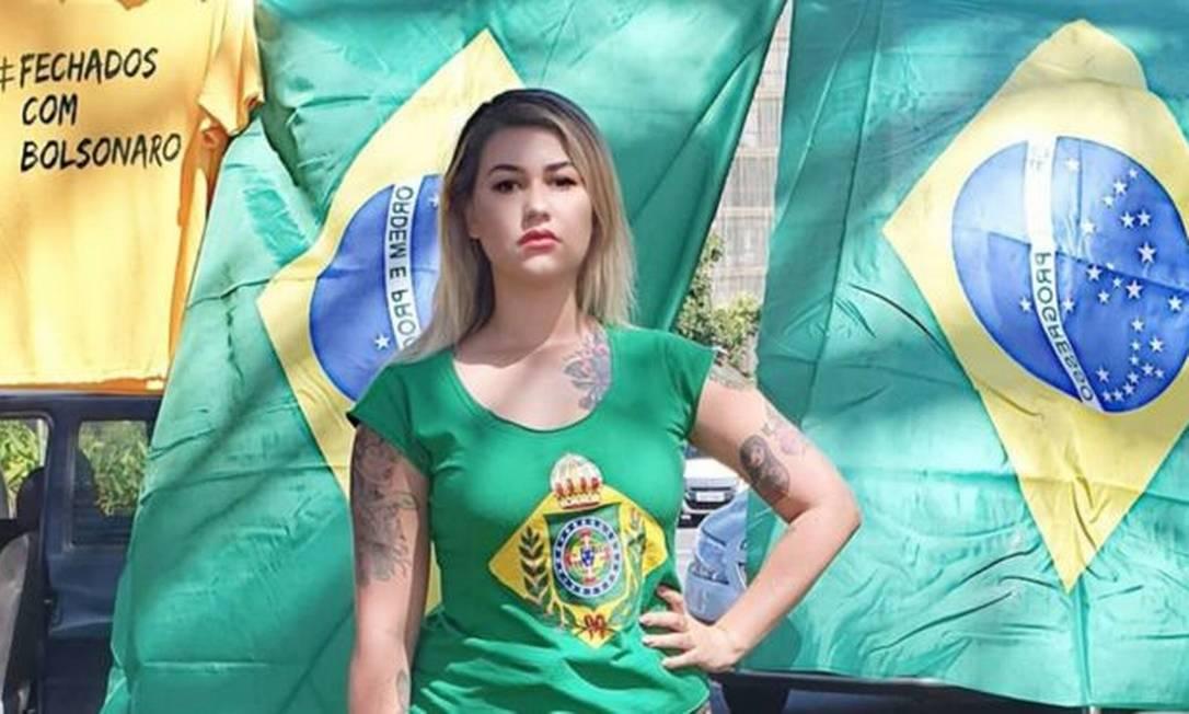 Sara Giromini se autodenomia Sara Winter, em redes sociais Foto: Reprodução