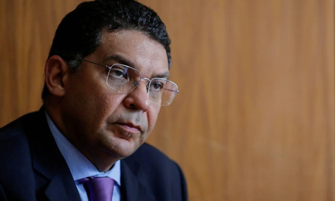 O secretário do Tesouro, Mansueto Almeida, será substituído por Bruno Funchal Foto: Adriano Machado / Reuters
