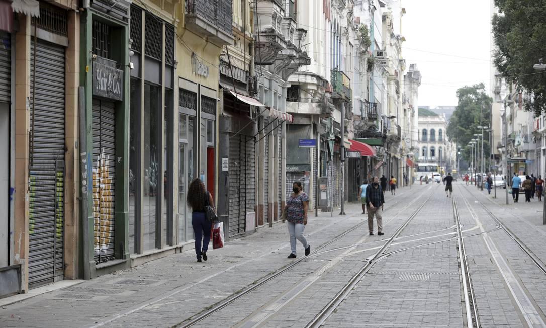 Varejo apresenta o pior resultado desde o início da série histórica, em janeiro de 2000 Foto: Domingos Peixoto / Agência O Globo
