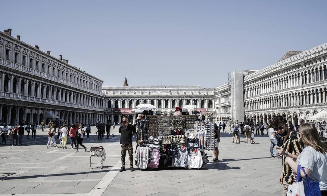 O centro histórico de Veneza no começo de junho, quando apenas pessoas da região do Vêneto podiam visitar a cidade Foto: Alessandro Grassani / The New York Times