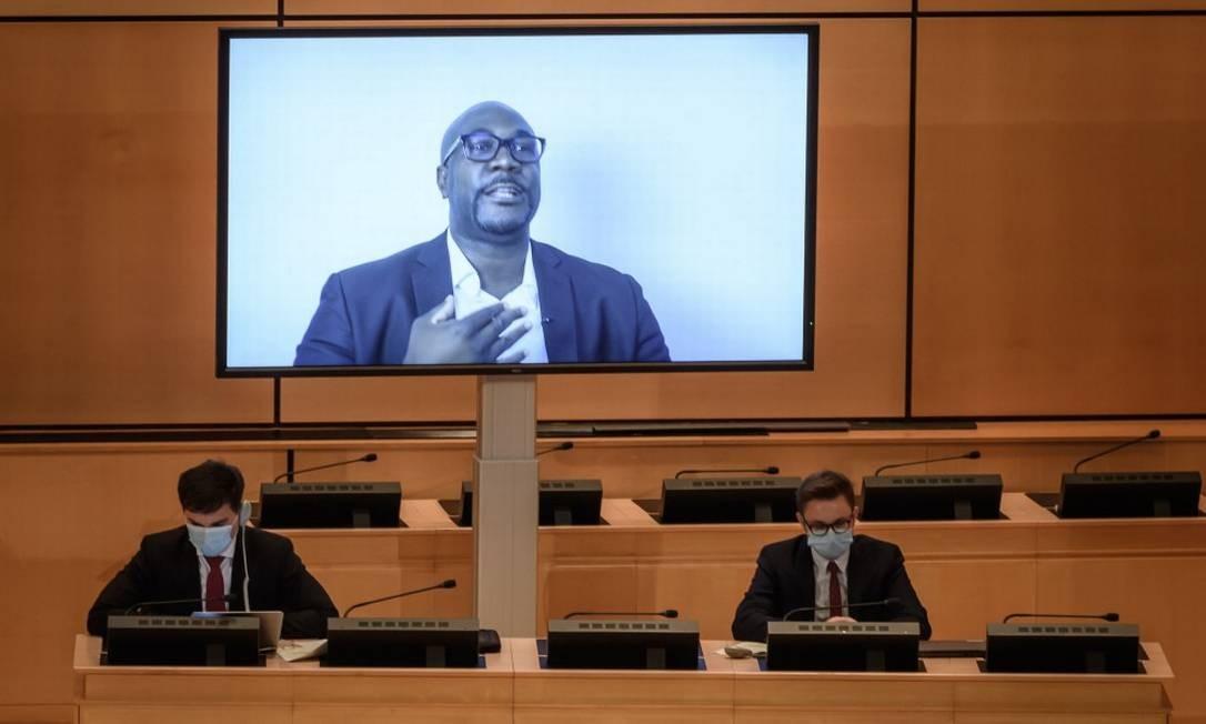 Depoimento de Philonise Floyd, irmão de George Floyd, é exibido durante debate na ONU Foto: FABRICE COFFRINI / AFP