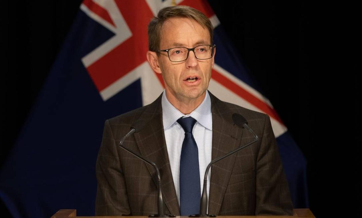 NOVA ZELÂNDIA - O diretor do Ministério da Saúde da Nova Zelândia, Ashley Bloomfield, anunciou, em 16 de junho, dois novos casos da Covid-19 depois de quase um mês que o paciente final do país foi libertado do isolamento Foto: MARTY MELVILLE / AFP
