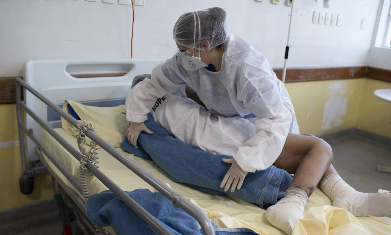 Pacientes chegam a ficar mais de uma semana no espaço de tratamento pós-Covid-19 Foto: Márcia Foletto / Agência O Globo