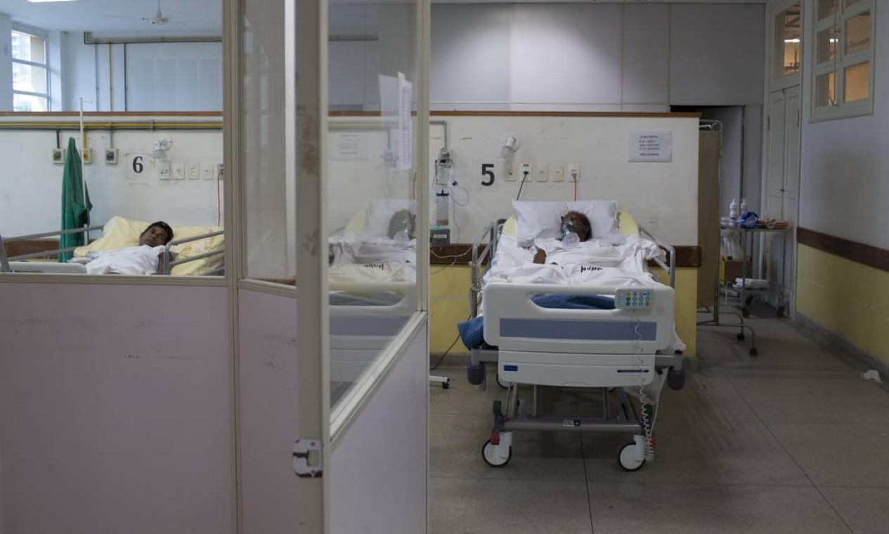 Pacientes pós-Covid-19 passam, em média, de uma semana a dez dias na enfermaria especializada Foto: Márcia Foletto / Agência O Globo