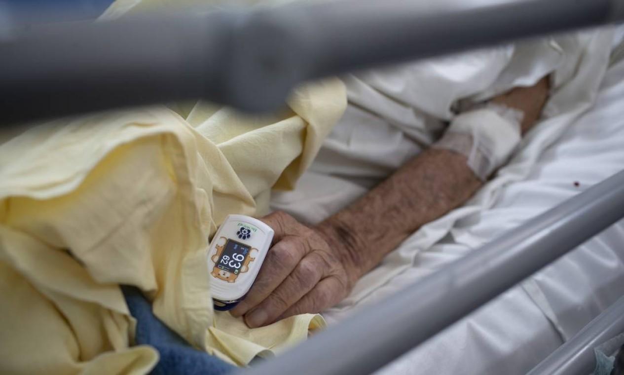 Para aqueles que contraíram a Covid-19 grave, sair do respirador e, depois, deixar a UTI é uma vitória, mas não o fim da batalha Foto: Márcia Foletto / Agência O Globo
