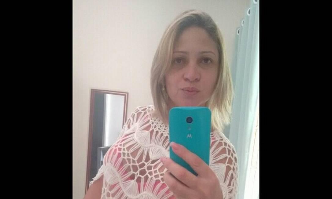 Márcia Oliveira de Aguiar, mulher de Fabrício Queiroz Foto: Reprodução/Facebook