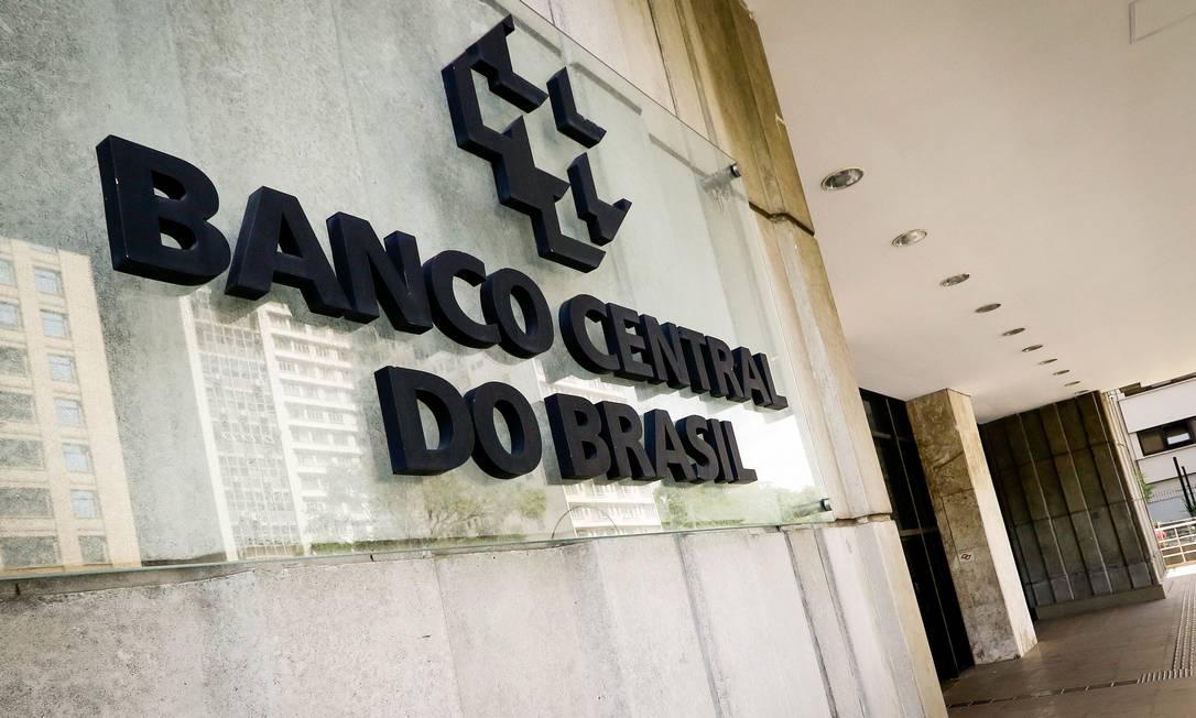 O BC avalia que o país terá uma recuperação parcial em maio e junho Foto: Aloisio Maurício / Agência O Globo