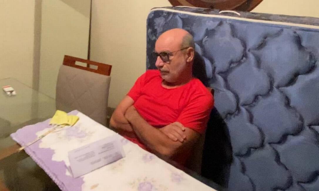 Fabrício Queiroz não ofereceu resistência à prisão, contam policiais, que cumpriram mandado de prisão preventiva contra ele, na manhã desta quinta-feira, em Atibaia, interior de São Paulo Foto: Divulgação