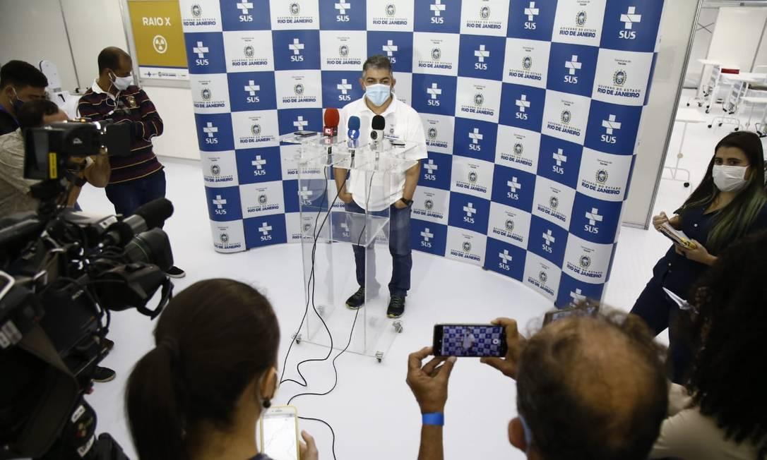 Secretário Fernando Ferry, durante inauguração do Hospital de campanha de São Gonçalo, nesta quinta-feira Foto: Divulgação / Governo do Rio