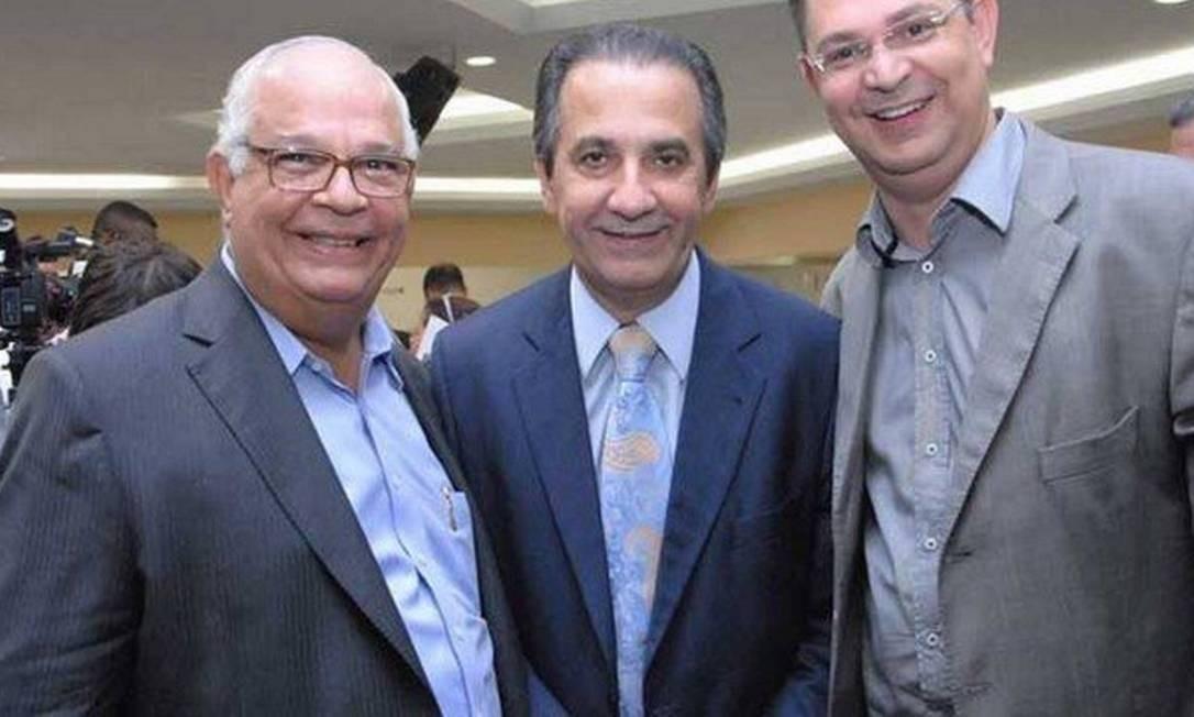 O deputado Sóstenes Cavalcante (à dir.) com o pastor Silas Malafaia e seu irmão, o deputado Samuel Malafaia (à esq.) Foto: Reprodução