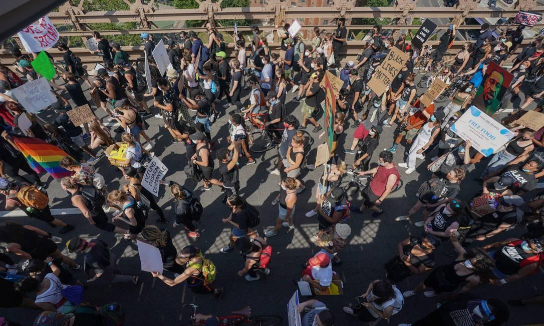 Descoberta de uso de tecnologia de vigilância para acompanhar protestos gera polêmica nos EUA Foto: BRYAN R. SMITH / AFP
