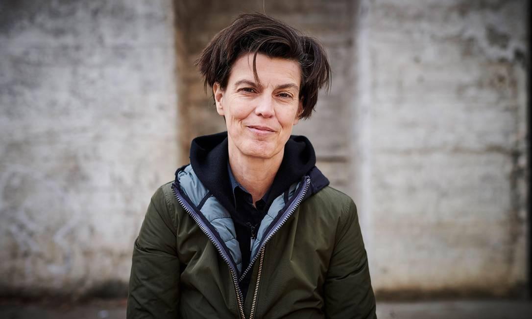 Carolin Emcke, em foto tirada em Berlim, na Alemanha Foto: ANDREAS LABES / Divulgação