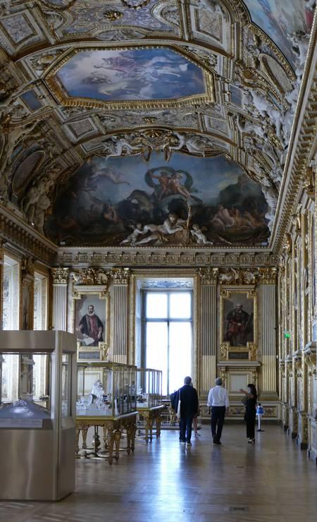 Desde a Segunda Guerra Mundial, o museu mais frequentado do mundo – 9,6 milhões de visitantes em 2019 – não permanecia por tanto tempo inativo Foto: Fernando Eichenberg / Agência O Globo