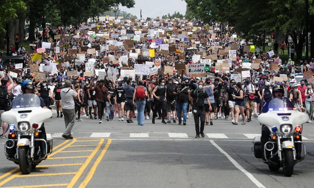 Marcha contra o racismo arrastou multidões, no Capitólio Foto: JONATHAN ERNST / REUTERS