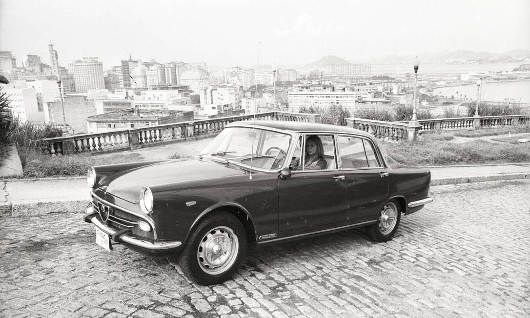 Alfa Romeo 2.150, fabricado em Xerém Foto: Eurico Dantas / Agência O Globo / 27-1-1972