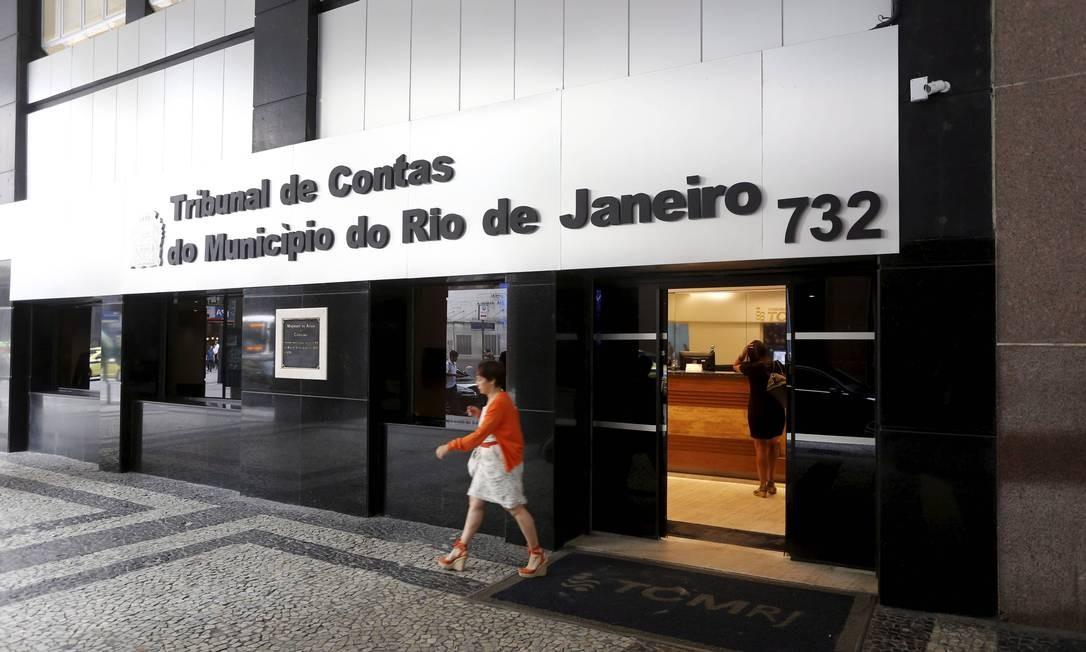 Tribunal de Contas do Município viu indícios de irregularidade em compras da Saúde Foto: Domingos Peixoto / Agência O Globo