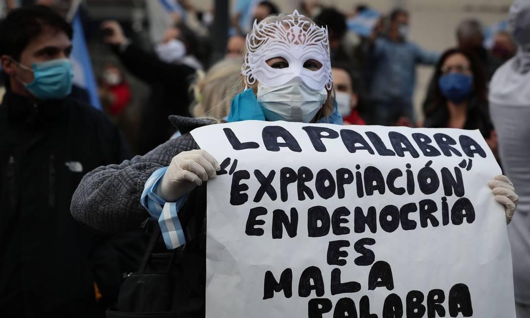Decisão do governo de expropriar empresa foi alvo de protestos na Argentina Foto: ALEJANDRO PAGNI / AFP