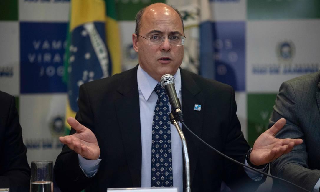 O governador Wilson Witzel vai tentar judicializar processo que tenta afastá-lo do cargo Foto: MAURO PIMENTEL / AFP