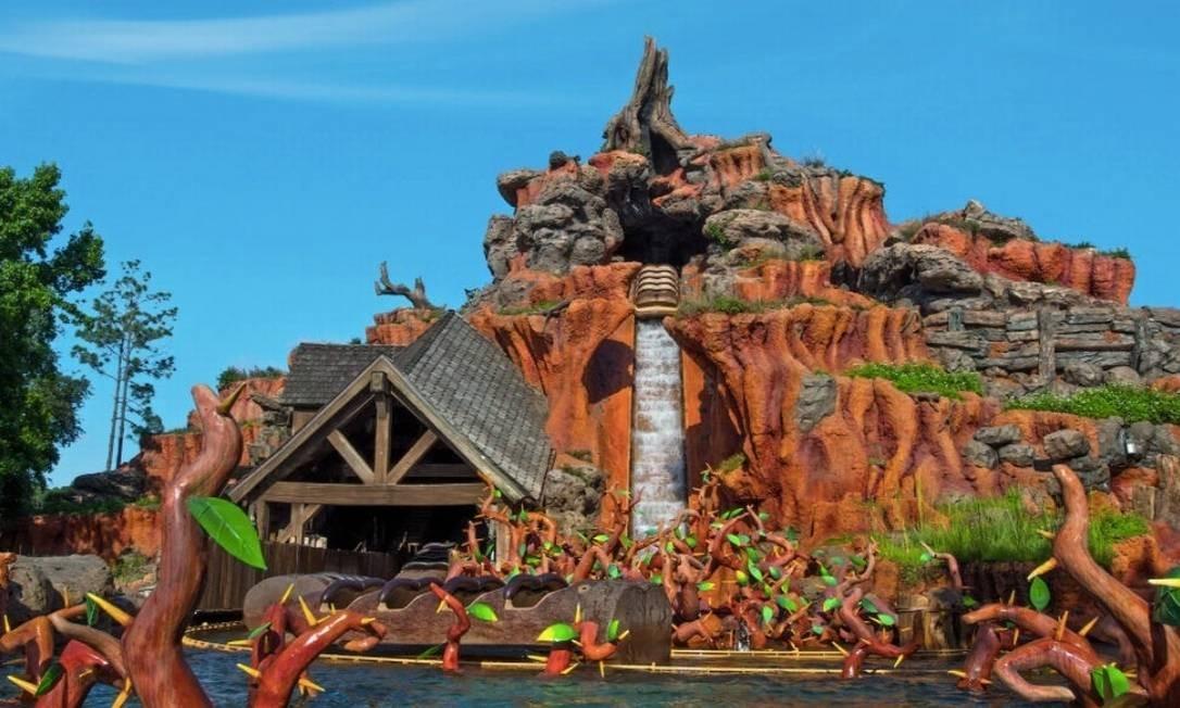 O brinquedo Splash Mountain, no Magic Kingdom, na Flórida, vai passar por uma transformação completa Foto: Divulgação