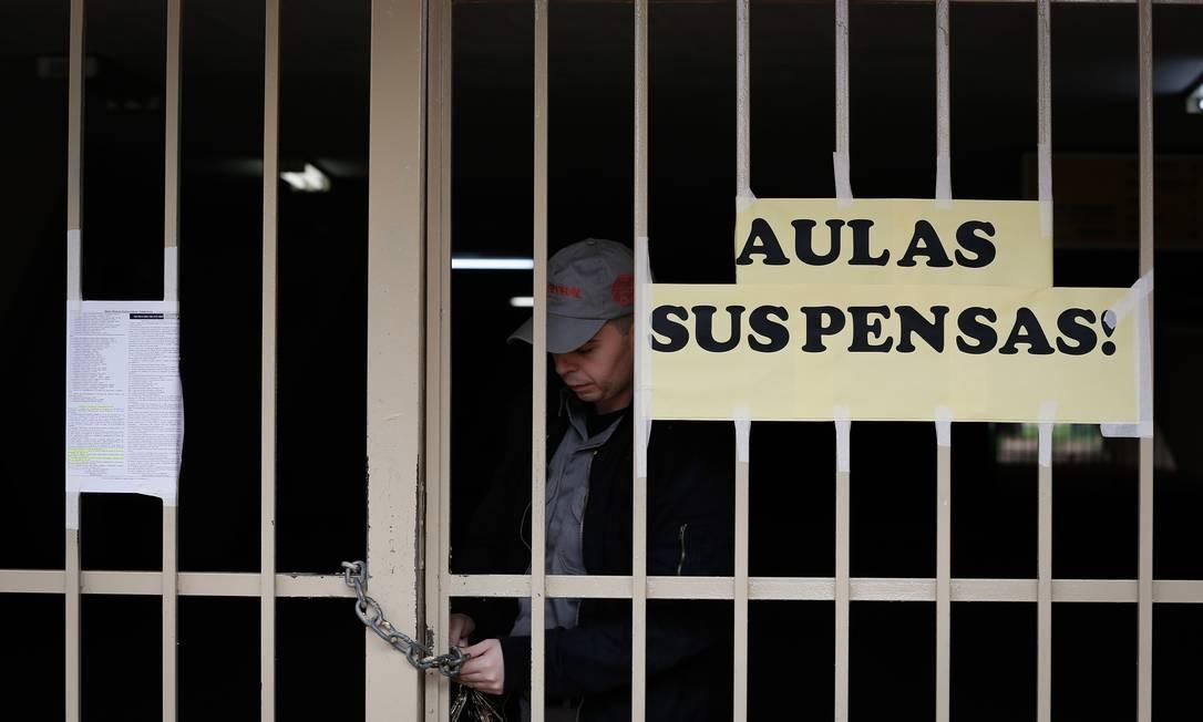 Por causa da pandemia do novo coronavírus, escolas fecharam as portas ainda em março. Foto: Pablo Jacob / Agência O Globo