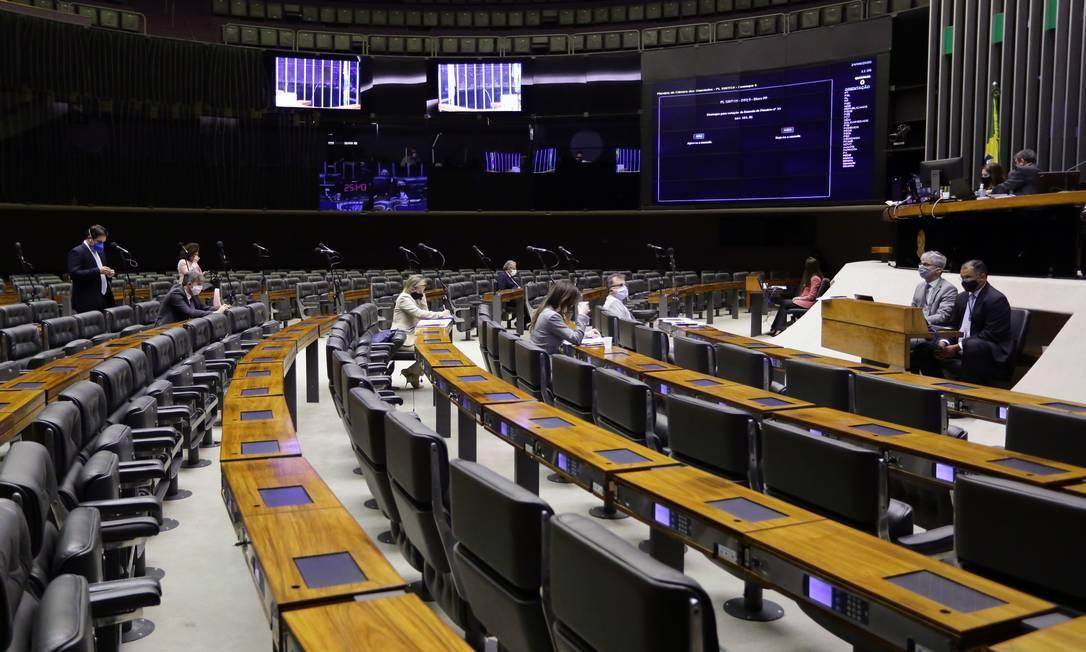 Sessão na Câmara. PEC que adia a data das eleições municipais já foi aprovado pelo Senado Foto: Michel Jesus / Câmara dos Deputados