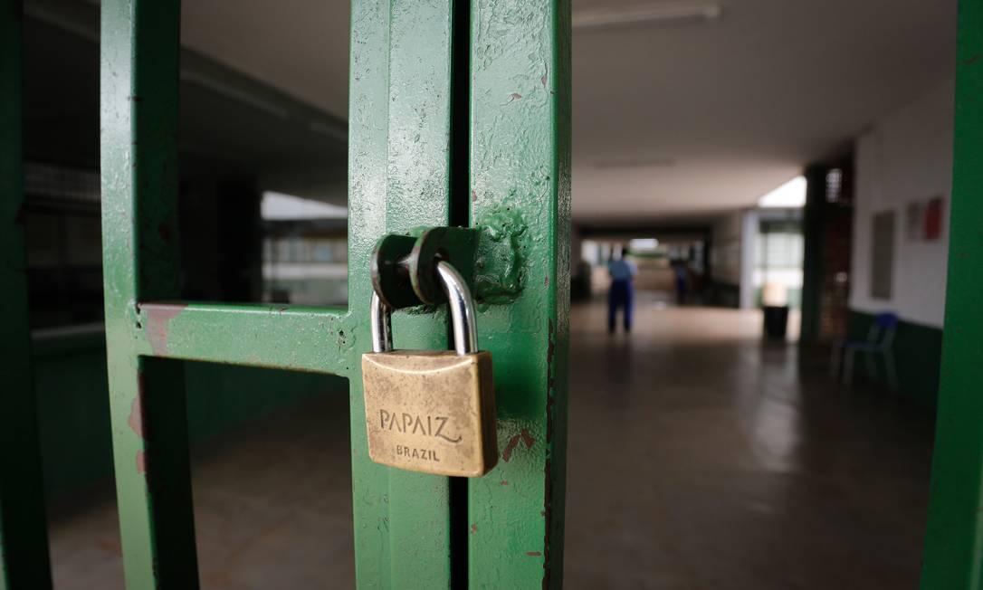 A partir de março, escolas em todo o país começaram a fechar suas portas por conta dos riscos da pandemia do novo coronavírus Foto: Pablo Jacob/12.03.2020 / Agência O Globo