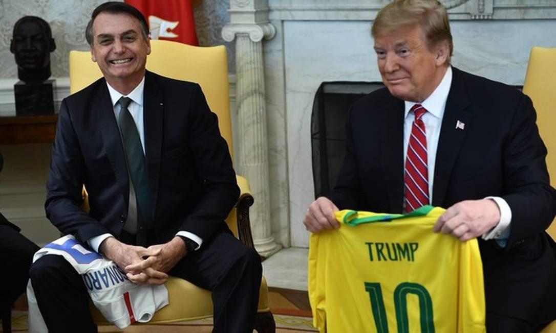 Bolsonaro e Trump no Salão Oval da Casa Branca Foto: Brendan Smialowski / AFP