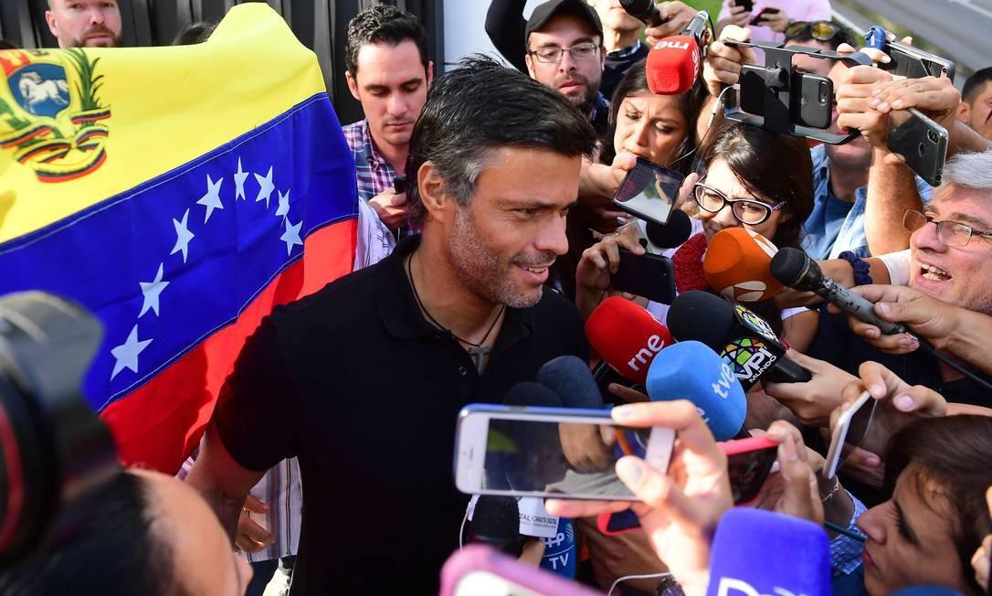 Leopoldo López, que está refugiado desde 2019 na residência do embaixador espanhol em Caracas Foto: RONALDO SCHEMIDT / AFP/2/5/2019