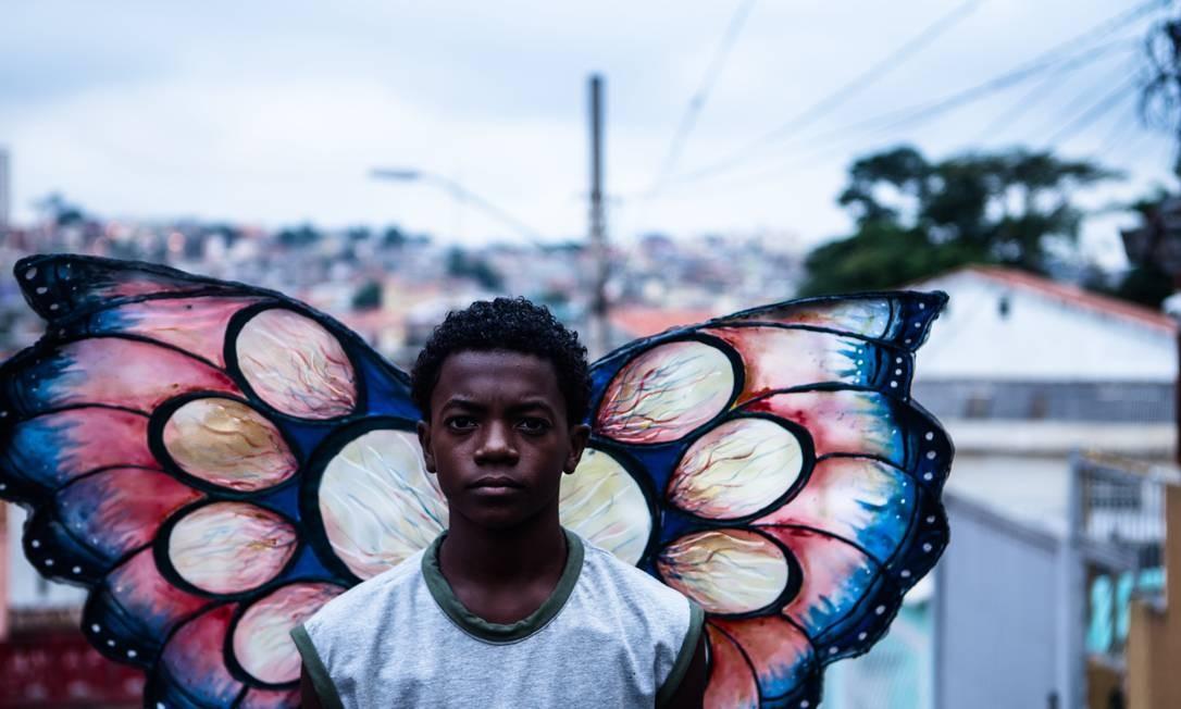 """""""Sem asas"""": curta-metragem é um dos selecionados para o Festival Finos Filmes, que acontece on-line; a história é protagonizada por Zu (Kaik Pereira) Foto: Divulgação"""