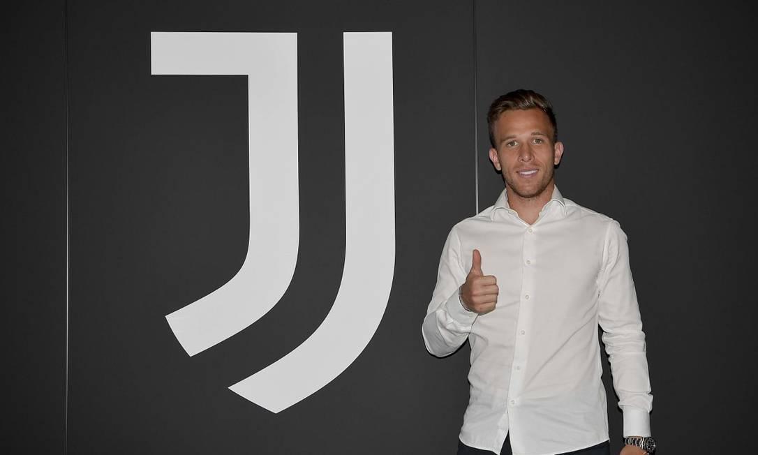 Meia Arthur confirmado na Juventus Foto: Divulgação/Juventus