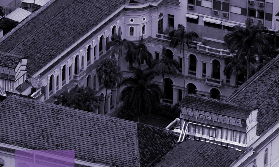 Cerca de 50 ex-alunas do Colégio Santo Inácio integram o Coletivo Inaiá, formado com o objetivo de dar apoio às atuais estudantes Foto: Custódio Coimbra/Agência O Globo