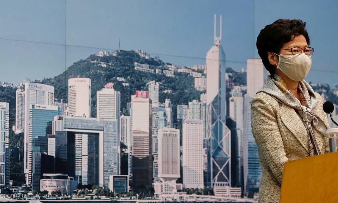 A diretora executiva de Hong Kong, Carrie Lam, participa de uma coletiva de imprensa antes da legislação de segurança nacional, em Hong Kong Foto: TYRONE SIU / REUTERS