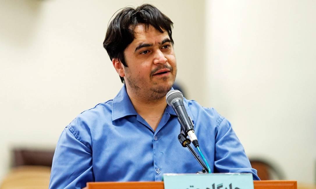 O opositor Ruhollah Zam foi condenado à morte pela Justiça do Irã Foto: Ali Shirband / AFP