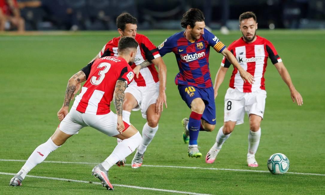Messia em ação pelo Barcelo contra Athletic Bilbao, pela Liga Santander, na Espanha, em 23 de junho Foto: ALBERT GEA / REUTERS