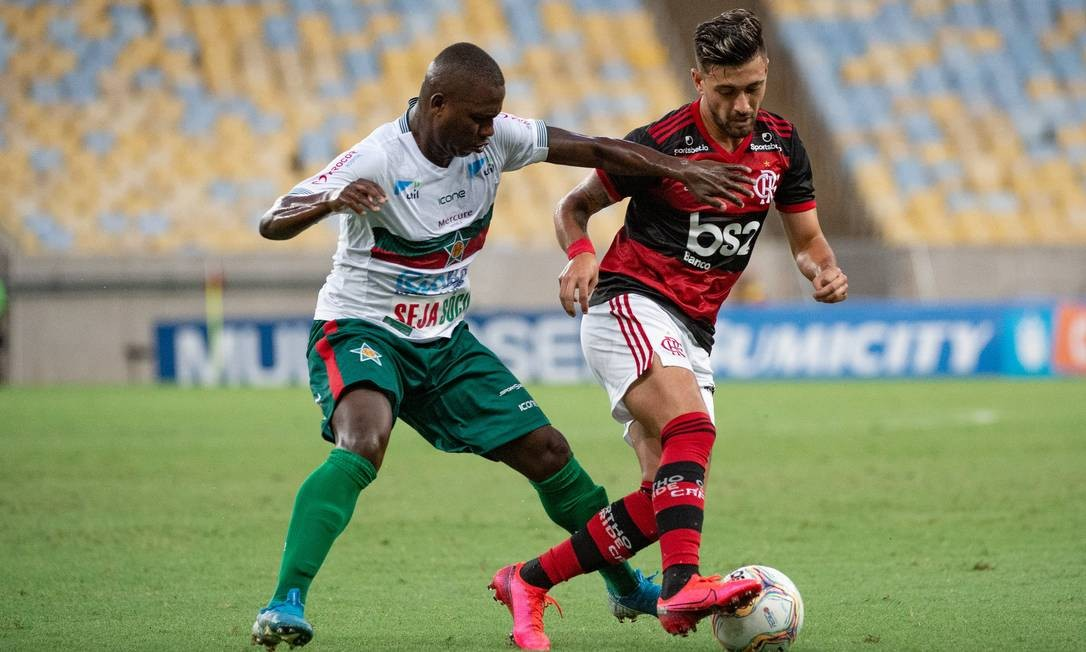 Portuguesa tenta vencer o Botafogo para se juntar ao Flamengo, que é favorito contra o Boavista Foto: Alexandre Vidal/Flamengo