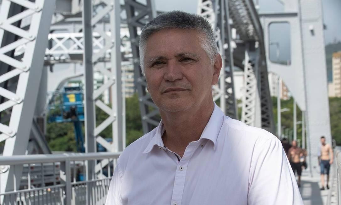 Elson Pereira, integrante do PSOL em Santa Catarina, é cotada para liderar frente de esquerda em disputa municipal Foto: Reprodução Facebook