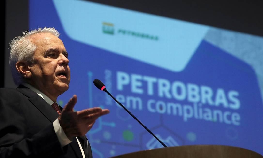"""Castello Branco: Petrobras vai reduzir funcionários para operar de modo """"mais eficiente"""". Foto: Sergio Moraes / Reuters"""