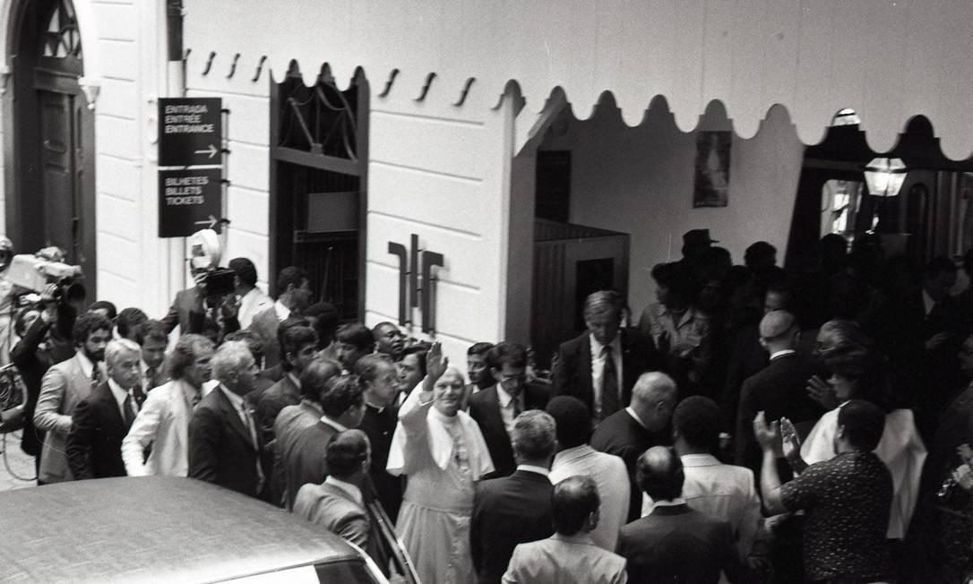 Papa João Paulo II em visita ao Corcovado Foto: Manoel Soares / Agência O Globo